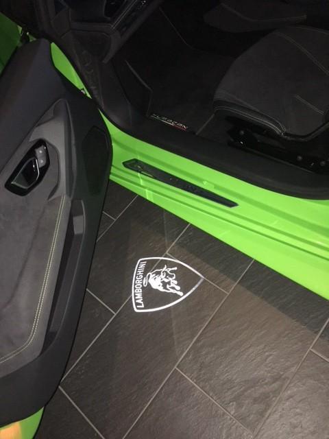 Lamborghini Huracan Door Entry / Courtesy Light